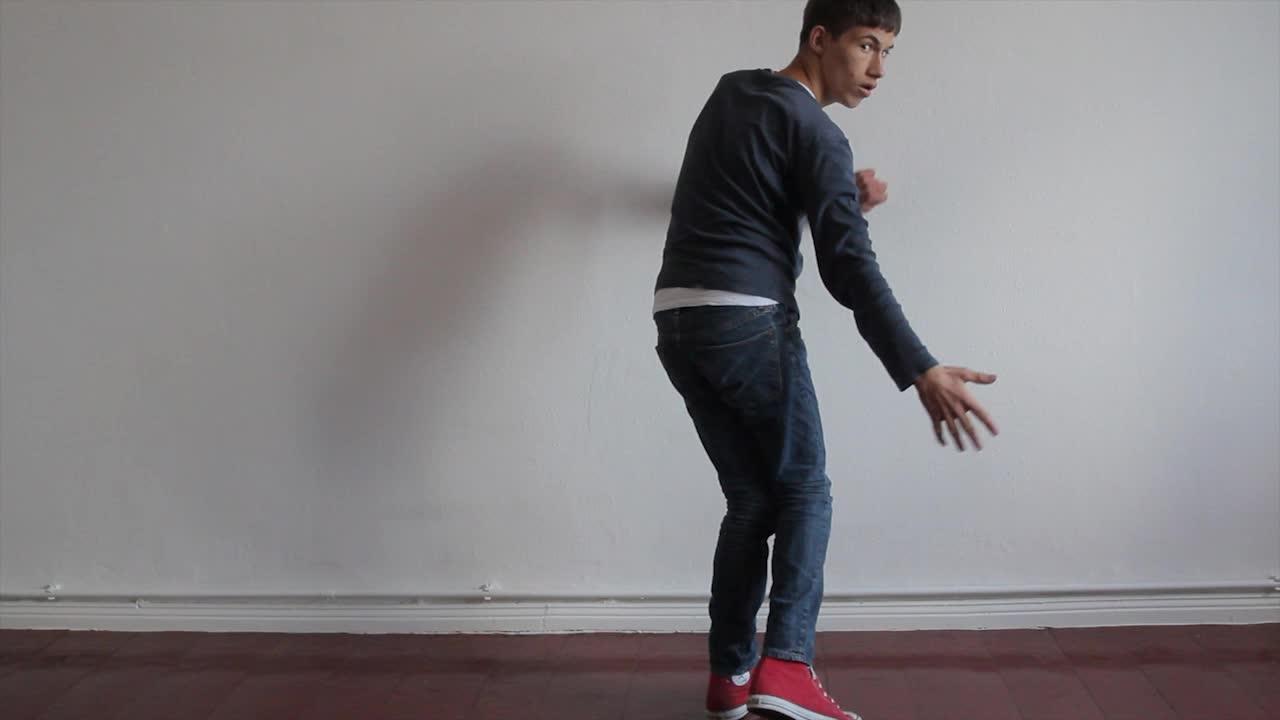 Daniel Nehring Videoperformance Stehen