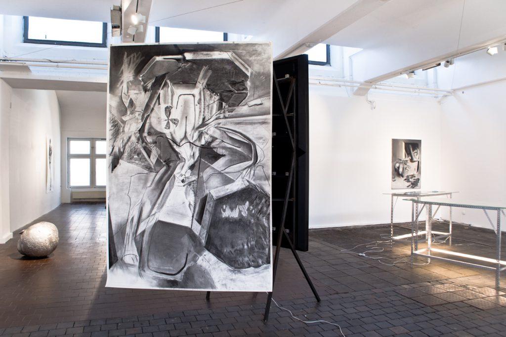 Nehring Ausstellungsansicht Organic Drama
